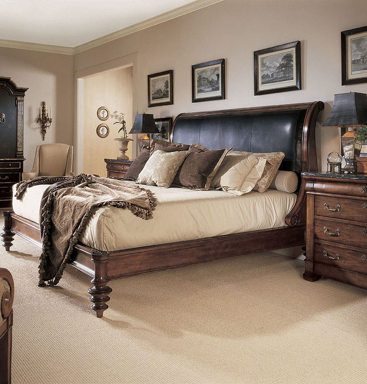 Consulate Napoleon Bed With Upholstery King Size 6/6